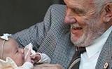血液含稀有抗体 澳男子捐血60年救240万婴儿