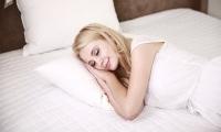 更年期女性睡眠障碍患病率上升 专家建议进行综合治疗