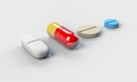 美国国立卫生研究院与制药业在共生系统的各自角色