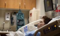 不用化疗!十年研究证明,三联靶向治疗可拯救结直肠癌生存率
