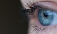 视力下降别大意 或是脑瘤作祟