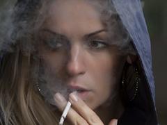 55岁以下的人吸烟,衰老速率加倍