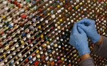 医药行业报喜:2013上半年超六成医药公司业绩增长