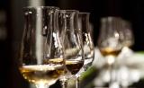 适度饮酒者心脏病风险更低,但规律很重要