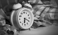 熬夜好过早起?!哈佛研究:睡眠不足时,可能是真的
