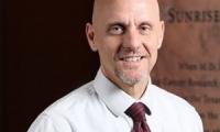 特朗普提名Stephen Hahn博士为新任FDA局长