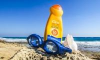 美国研究表明防晒霜用一天,血液中化学成分超标