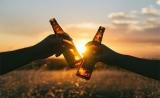 中国科学家证实!轻度到中度饮酒有健康益处:降低心血管疾病死亡风险