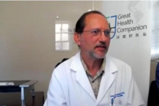 女性肺腺癌患者通过远程会诊的方式获取有效治疗方案