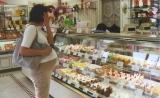 赶紧忌嘴!孕期吃糖过量会影响孩子认知