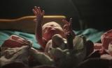 Nautre:婴儿身上的首批细菌来自出生前?