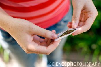 The Lancet:研究称全球2亿人使用非法药物